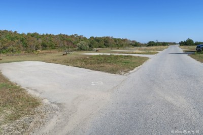 View down beginning of I loop. I13 on left with I11, I9, I7 behind it.