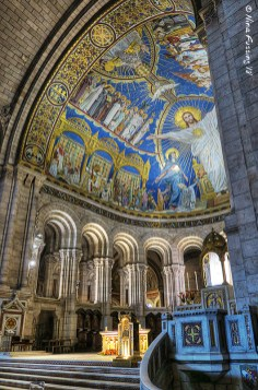 Mosaics in the interior of the Sacré-Cœur