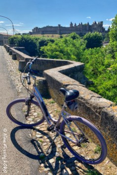 Biking over Pont Vieux