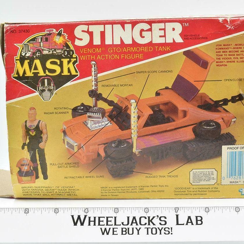 Kenner 1985 M.A.S.K. Stinger with Bruno Sheppard