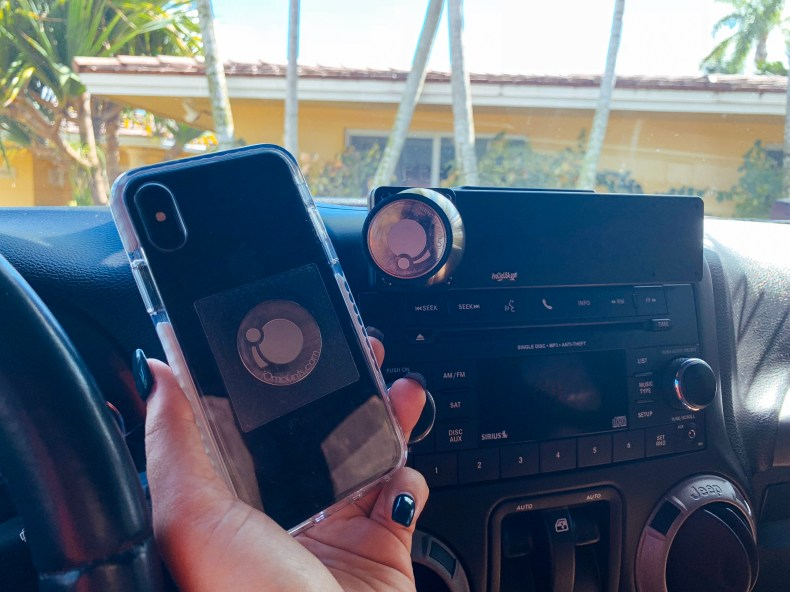 proclip-jeep-wrangler-phone-mount-jeep-blog-3