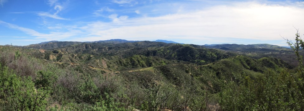 Panorama of the chutes ridgeline trail