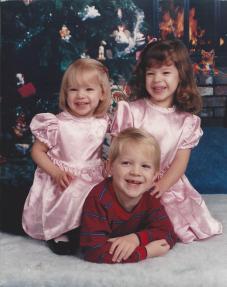 Amanda, Jon & Cailtin Dec 91