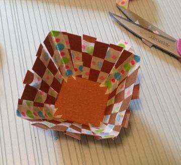 Paper Easter Basket How 3