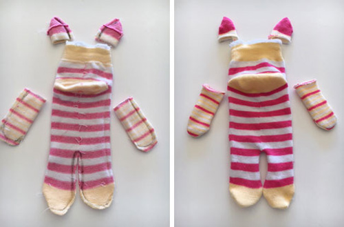 This Little Piggy Sock Animal Illustration 4