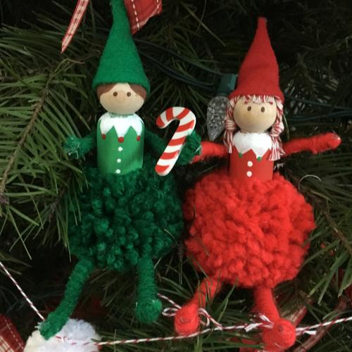 Pom Pom Shelf Elf