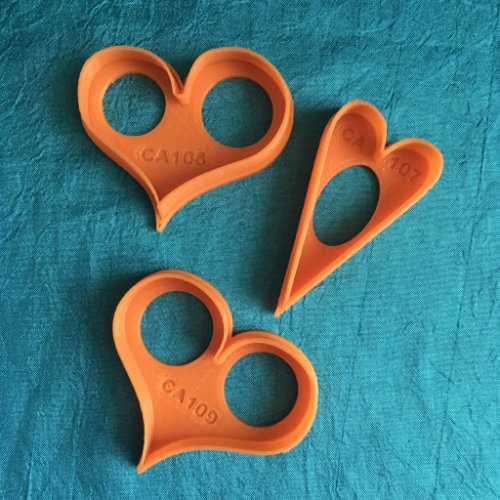 Create Along Jewelry-Sized Heart Shaped Set Of 3 Cutters