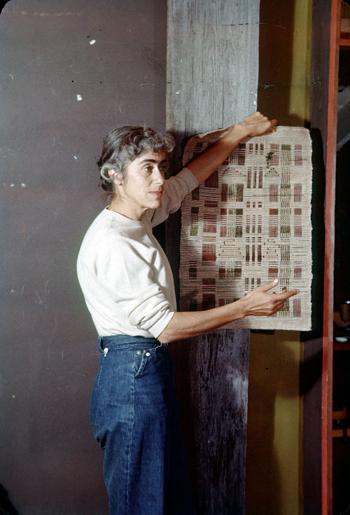 Weaving instructor Trude Guermonprez 1956