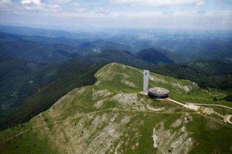Photo: http://architectuul.com/architecture/buzludzha