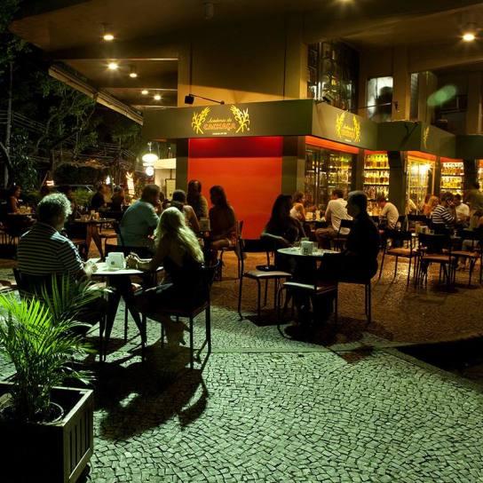 Melhores lugares pra tomar cachaça no Rio - Academia da Cachaça