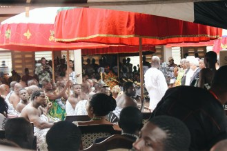 Presenting gifts to Asantehene, Otumfuo Nana Osei Tutu II