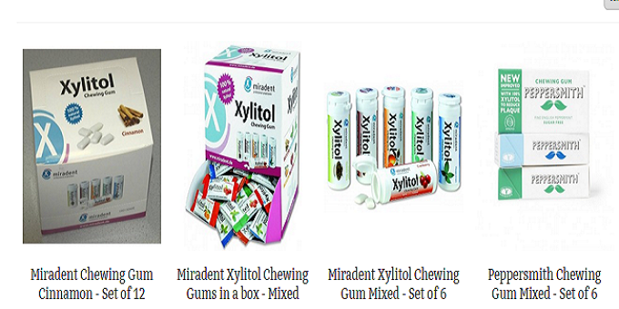 Xylitol gum a toothbrush