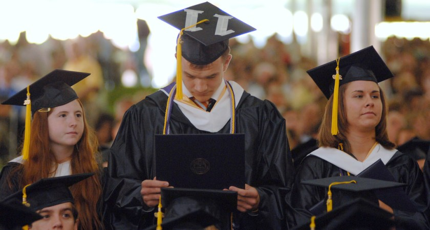 The Top Reasons to Get Your Degree Online