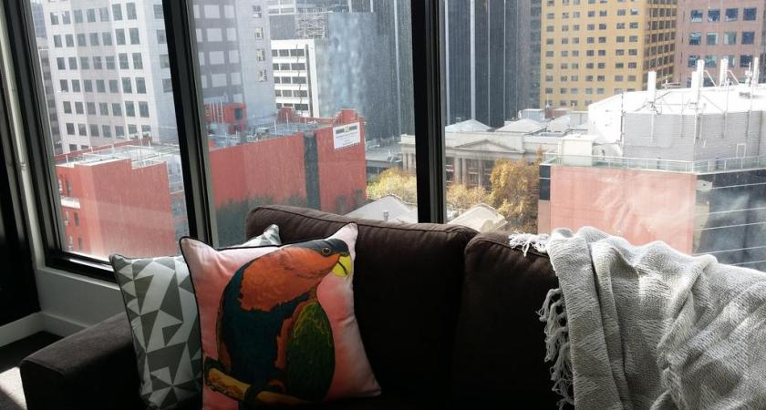 Mistakes to Avoid When Booking Cheap Hotels in Melbourne