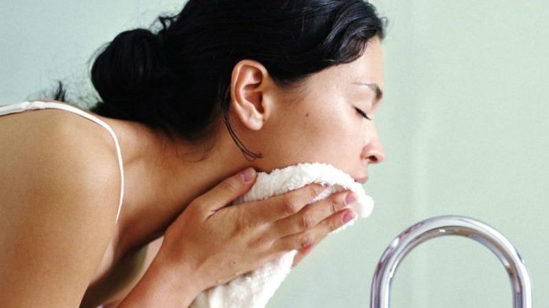 How To Properly Assess Your Skin With The Help Of A Professional