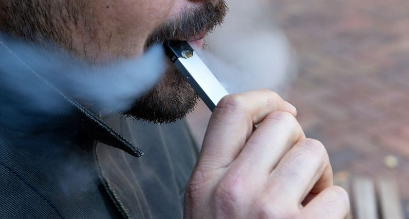 Is Vaping The Right Alternative For Cigarette Smoking