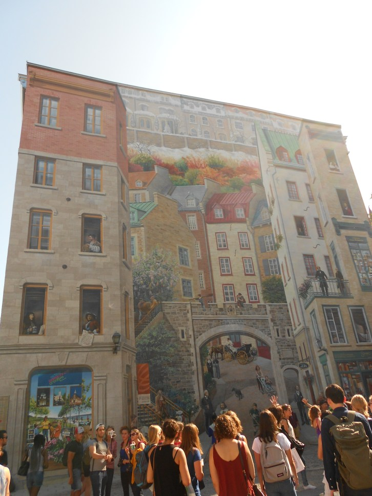 Fresque des Québécois mural recounts the story of Québec City
