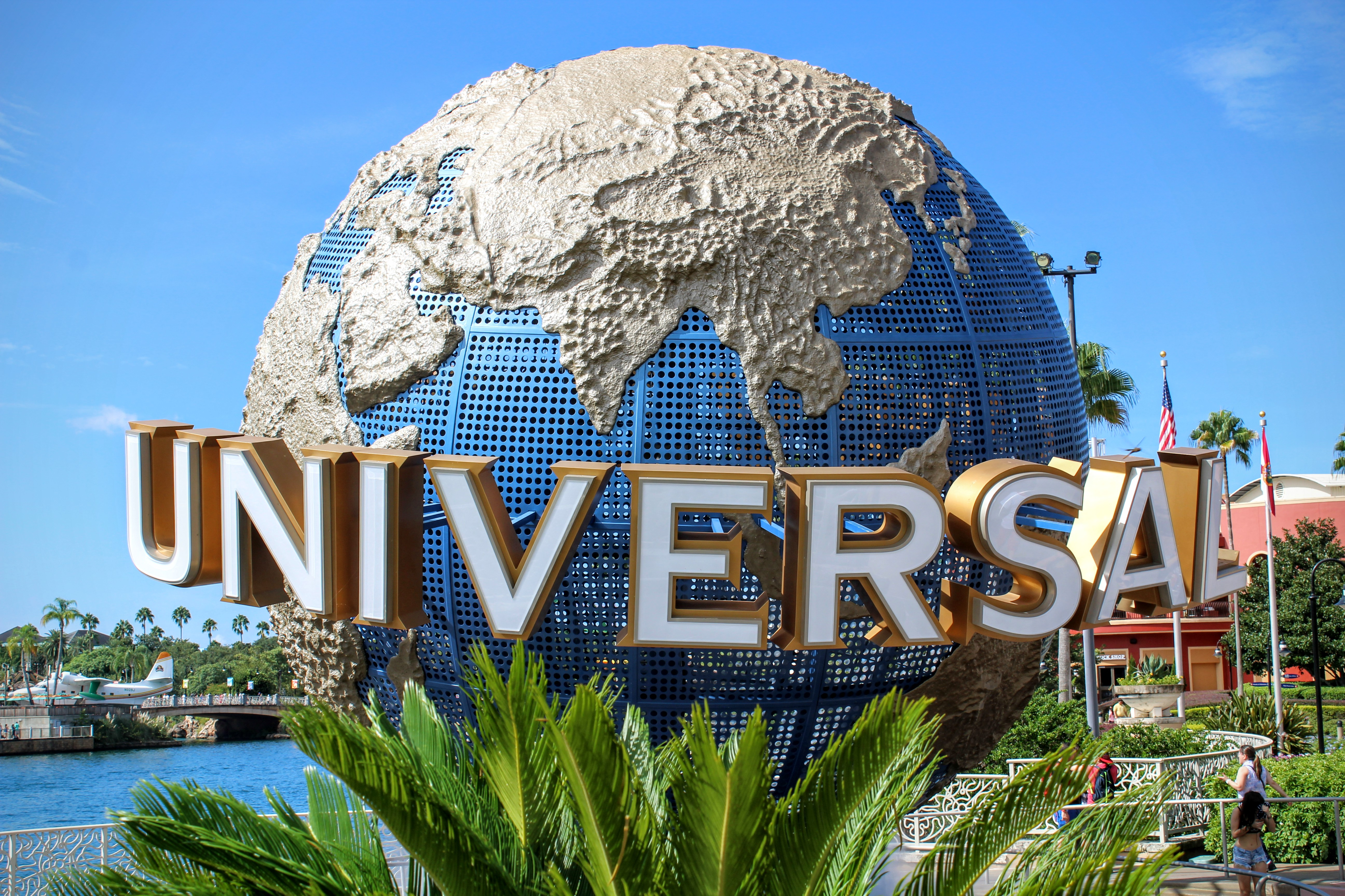 my favorite vacation universal studios in My step-by-step guide to a universal orlando resort vacation (with  down  hollywood boulevard to meet some of my favorite characters.