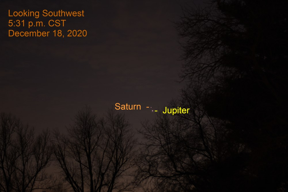 2020, December 18: Jupiter and Saturn. Great Conjunction. Planets align.