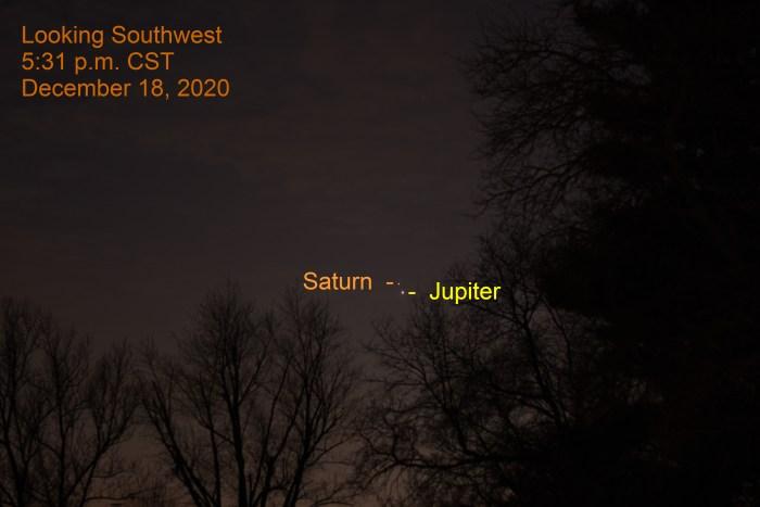 2020, December 18: Jupiter and Saturn. Great Conjunction. Planets align.