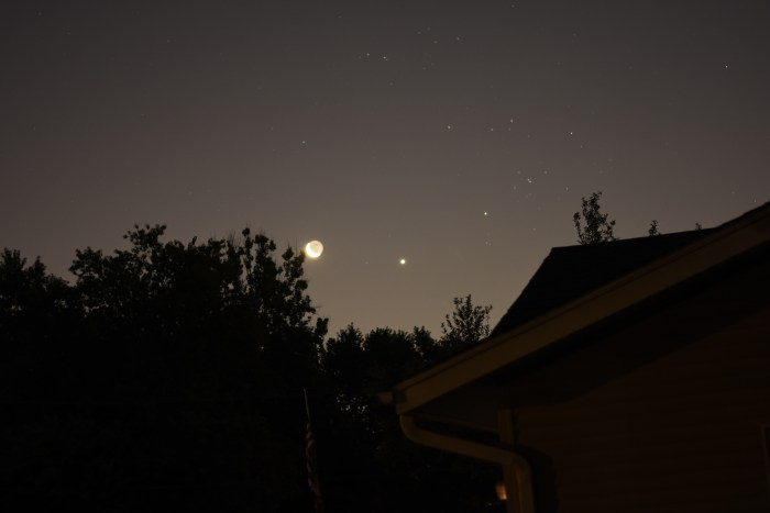2020, July 17: The crescent moon appears with Venus and near Aldebaran before sunrise.
