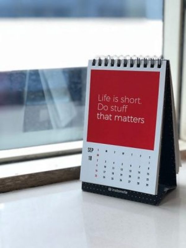 life is short quote motivates you to reach full potential