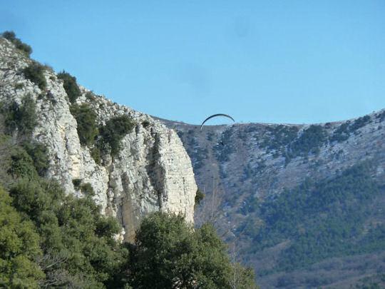 Hang glider near Gourdon