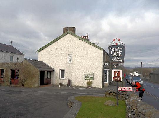 3 Peaks cafe