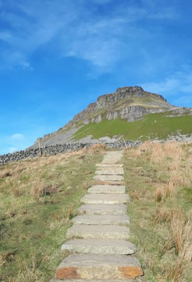 Approaching Pen y Ghent