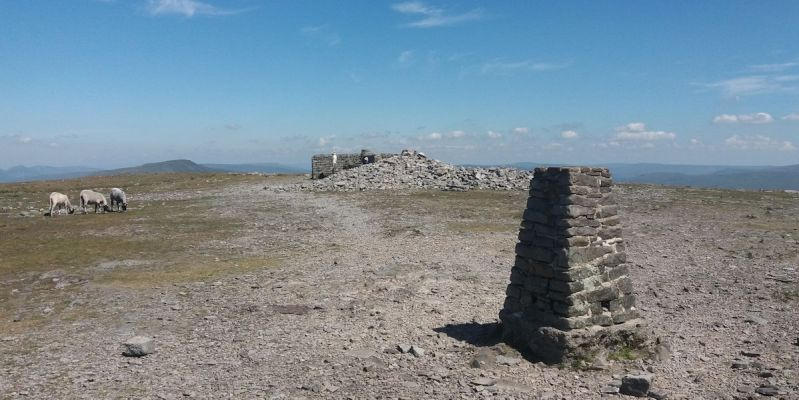 Avoid the crowds on Ingleborough