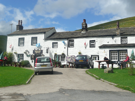 Queens Arms in Litton