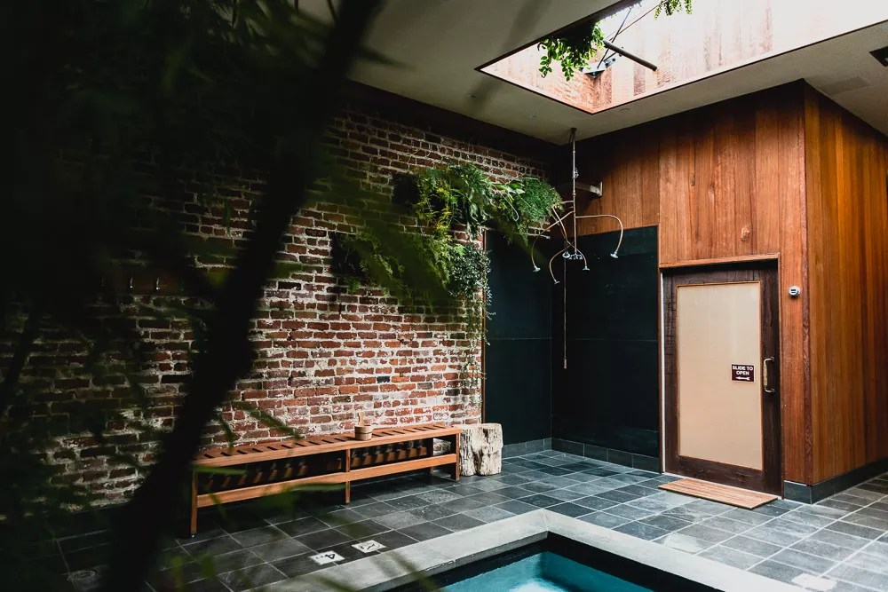 Brick Interior Design Of Japanese Style Onsen