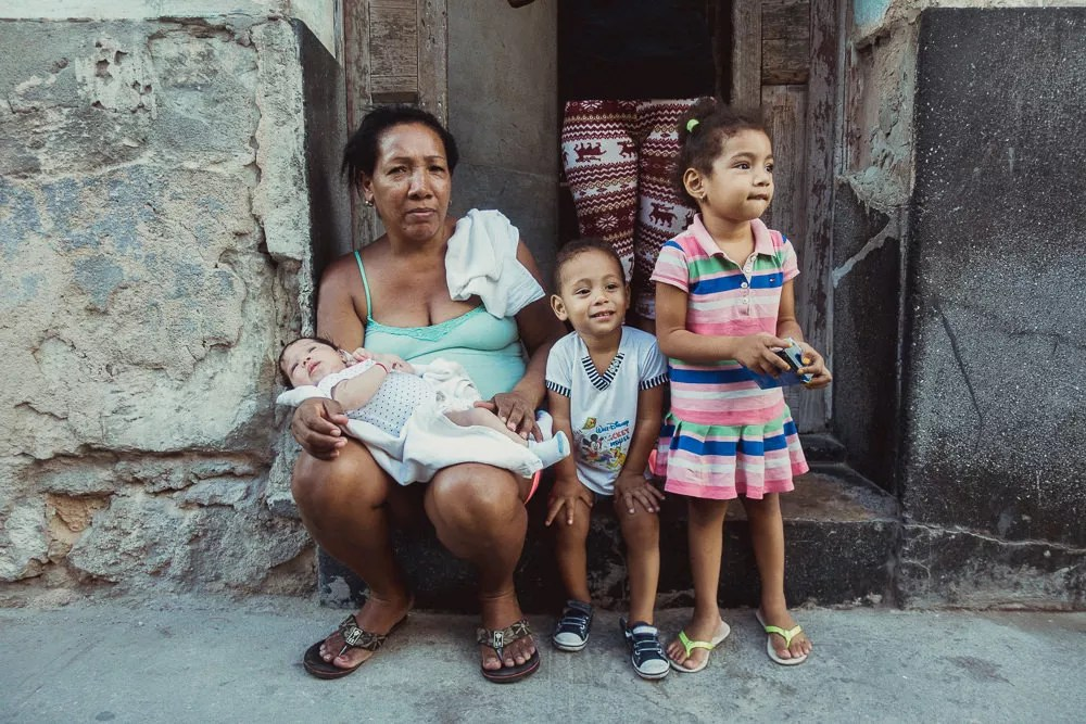 Portrait of Cuban family in Havana