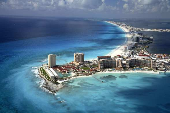 Cancun, Mexico Image by: Imagebysafa2 en.wikipedia.org