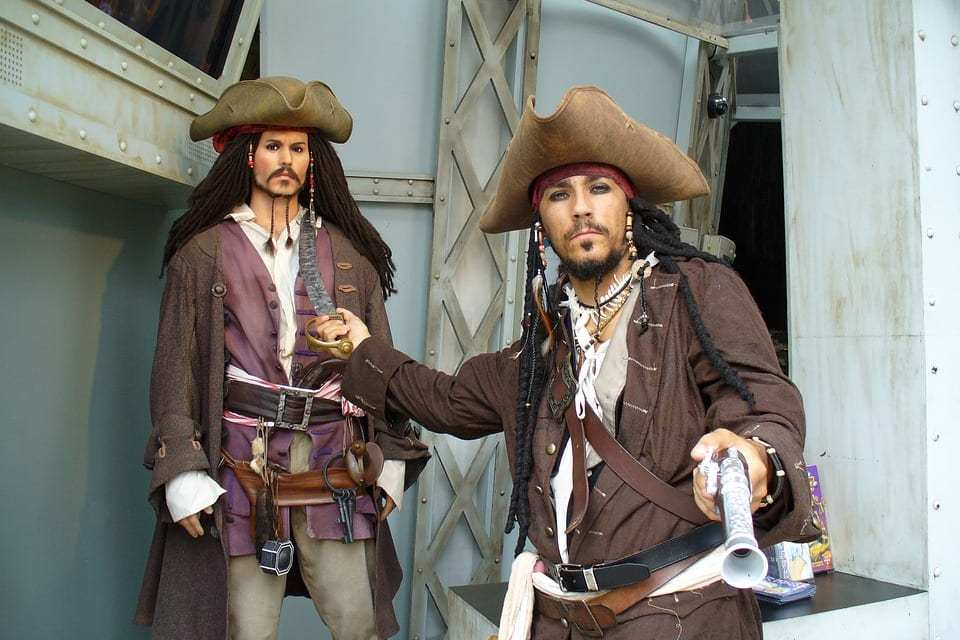 How To Make A Last Minute Pirate Costume Where And What In