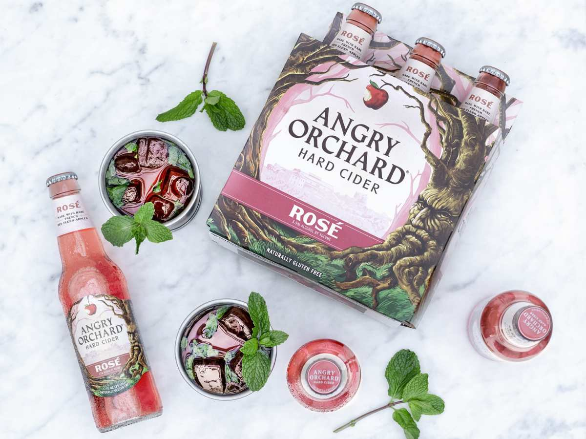 Kentucky Derby Cocktails with Angry Orchard Rosé Cider