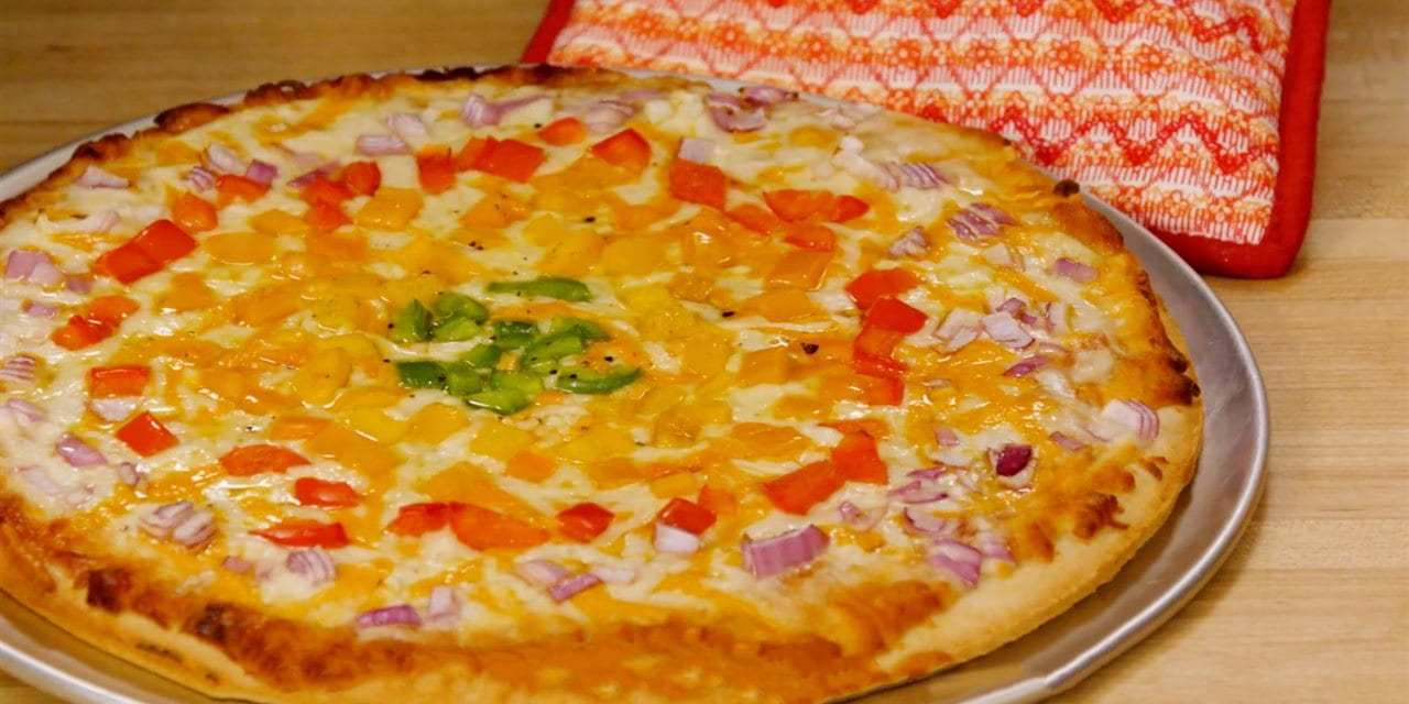 Keep entertaining fun and easy with a make-your-own-pizza party
