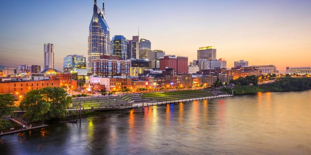 Nashville and Beyond: 8 of the Absolute Best Things to Do in Tennessee