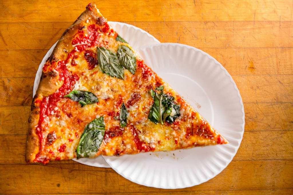 Artichoke-Basilles-Pizza-Margherita
