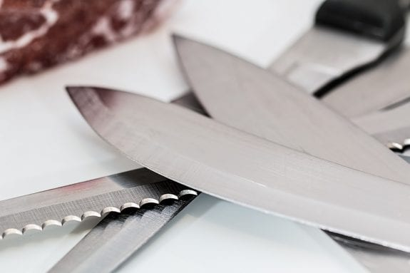 The Quick Guide To Choosing And Using A Knife