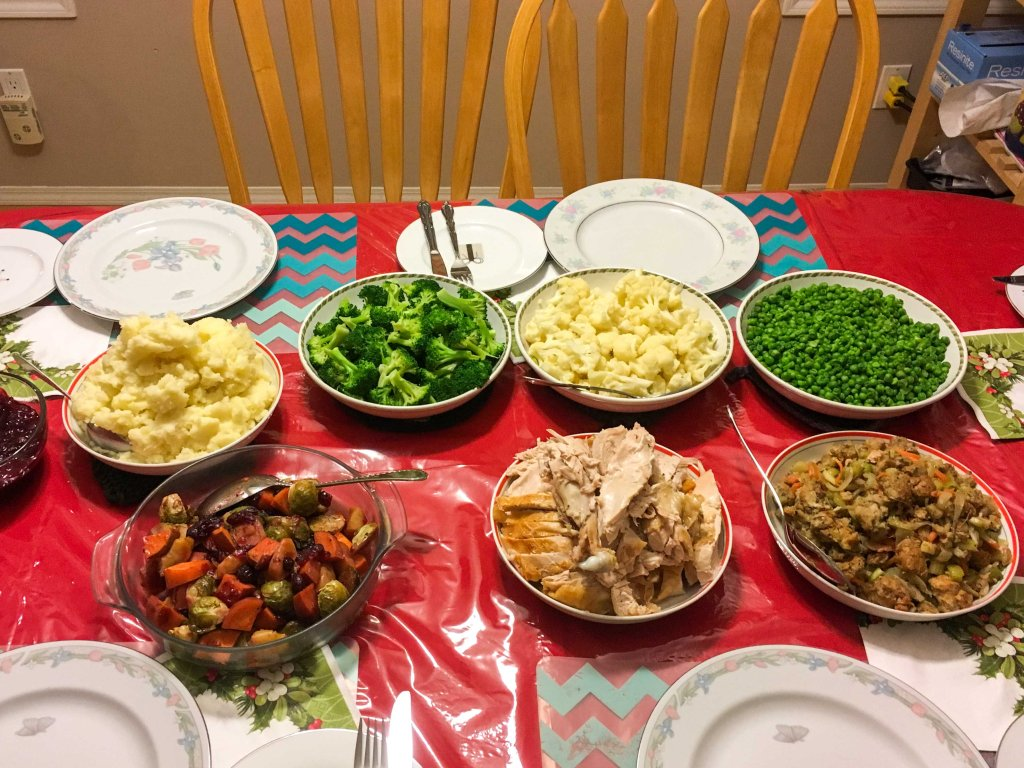 Paleo Chronicles: 5 Ways to Stick to Your Diet on Social Occasions