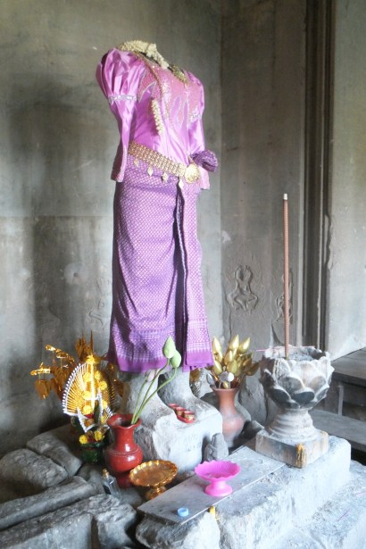 Lakshmi (minus her head)