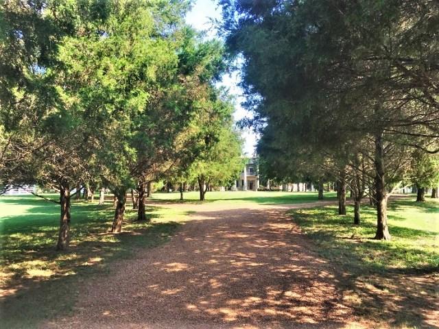 Hermitage Walk