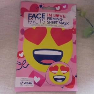 In Love Emoji Sheet Mask