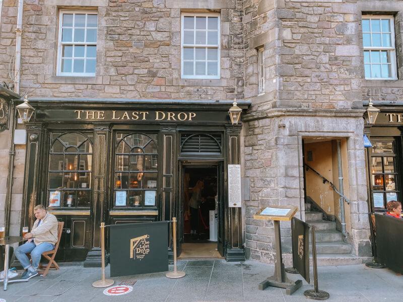 image of the Last Drop in Grassmarket in Edinburgh