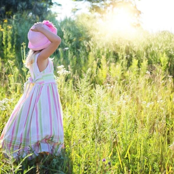 Little girl summer- Pixabay