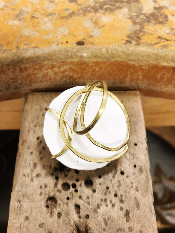 Sibio, Wrapped Ring Back