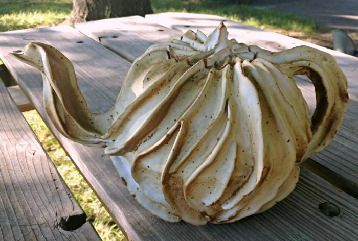 teapot, ceramic