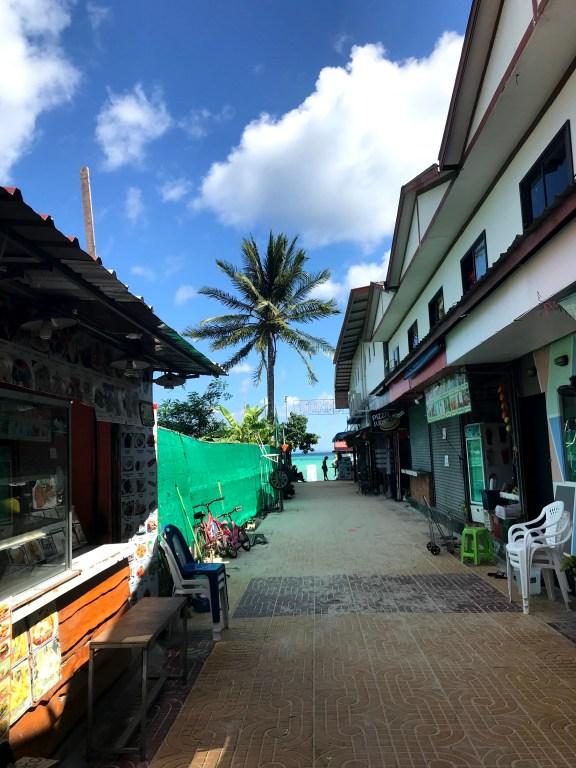 ingphu viewpoint phi phi island