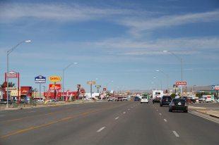 Alamogordo, typical USA, a row of fast foods